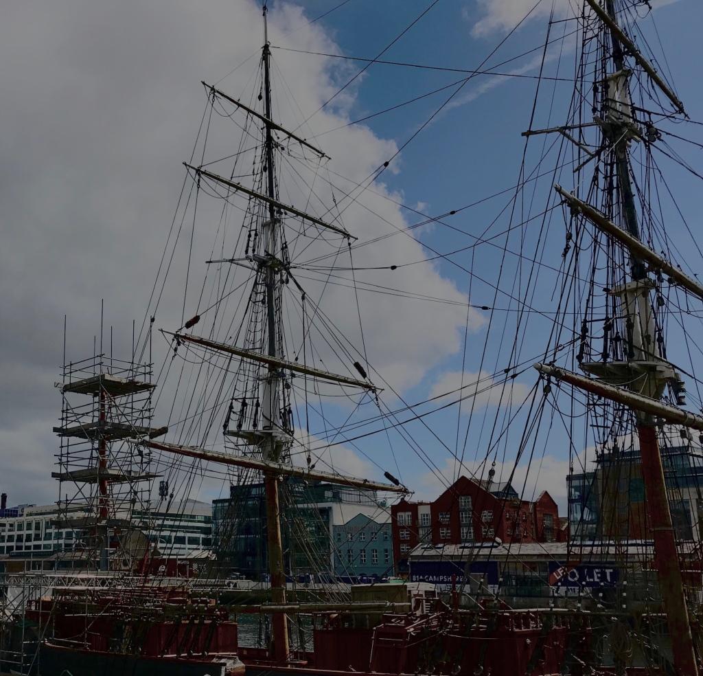 Dublin, ship ©️Rashesh Jethi 2019